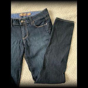 PAIGE Skinny Skyline Jeans G11